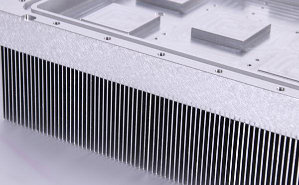 插片散热器生产要求是什么呢?